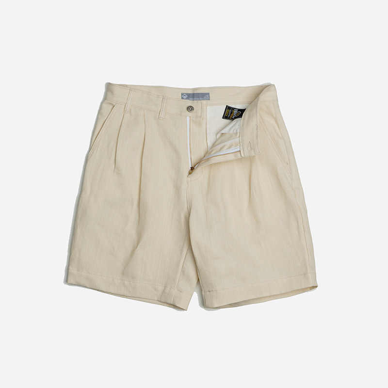 Two tuck wide shorts _ oatmeal