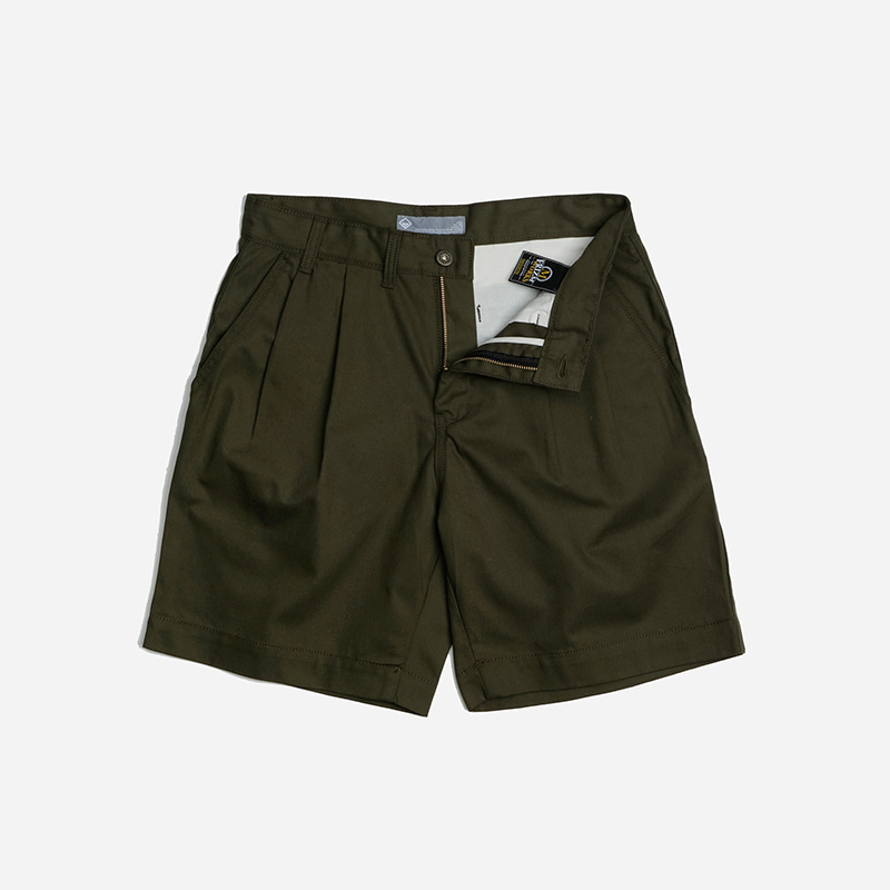 Two tuck wide shorts _ olive