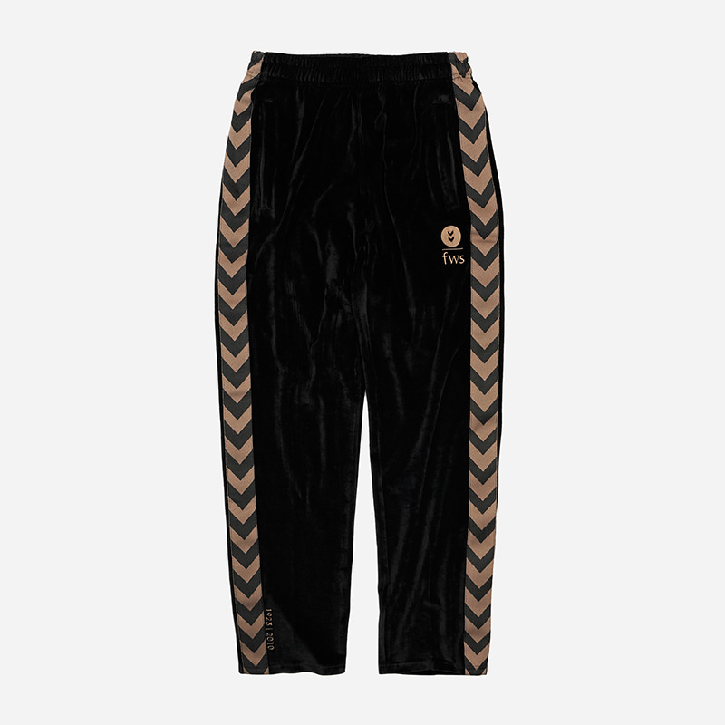 [HUMMEL X FRIZMWORKS] Velour training pants _ black